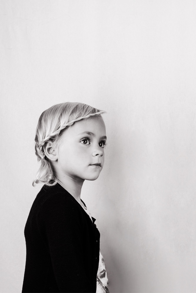 Black and White photography portraits made by Poppyonto